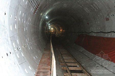 揭秘甬城轨道交通地下作业