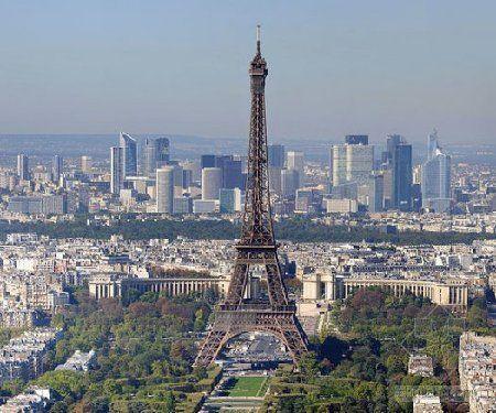 埃菲尔铁塔本20年设计寿命 竟延至百年