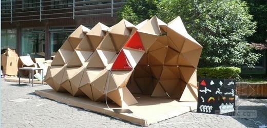 """中央美术学院获得2011""""华城杯""""纸板建筑设计建造竞赛银奖"""
