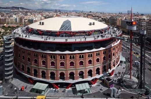 罗杰斯设计西班牙某休闲娱乐建筑
