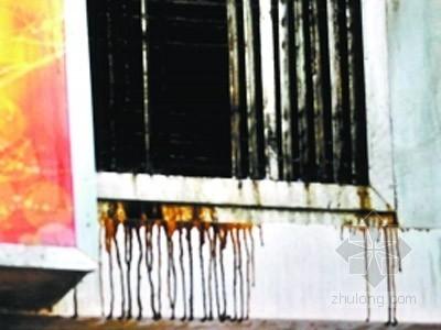 广东:紫荆小区餐馆烟囱正对大街排油烟