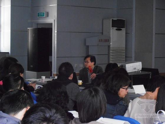 太阳能热水系统研究与工程实践讲座在京举行