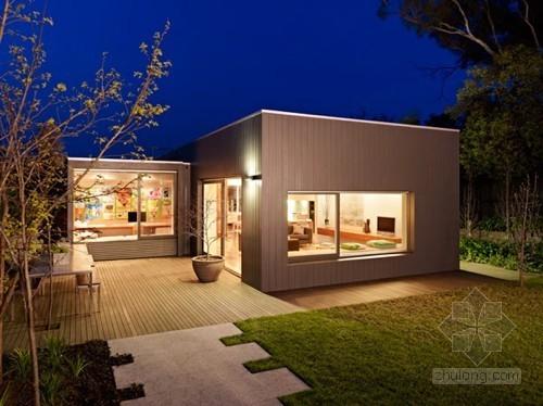 时尚简洁的庭院别墅室内设计