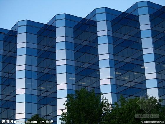广州:超50米玻璃幕墙安全性需专家论证