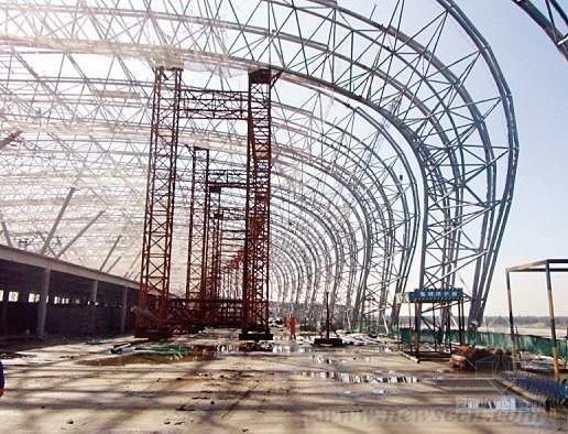 沈阳桃仙机场钢结构T3航站楼  刷新我国钢结构建造史纪录