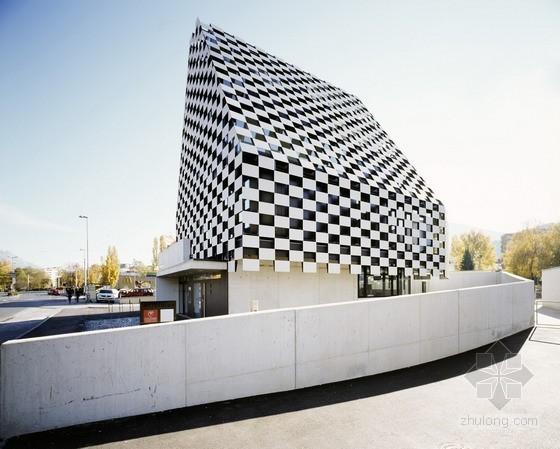 Rainer Köberl设计的奥地利BTV分公司办公大楼