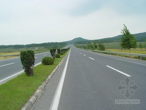 吉林投20亿建农村公路3300公里村路好过城里路