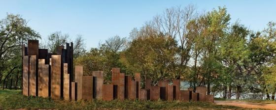 美国德州鸟夫人湖巧妙的雕塑卫生间