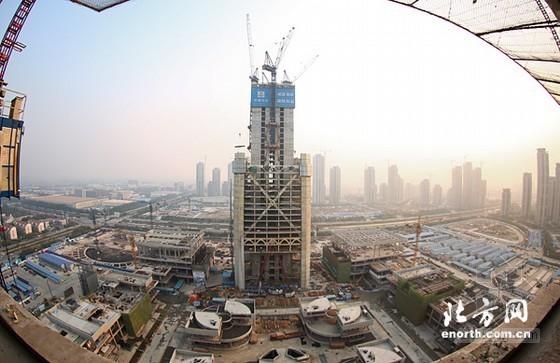 天津:117大厦突破150米 靠山楼即将封顶