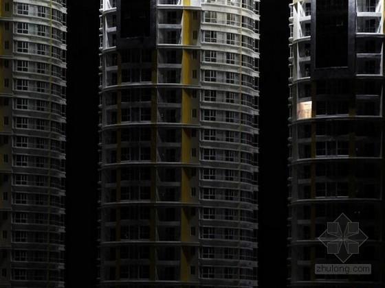 """山东青岛出现大批量的""""空城"""" 入住率低难见人烟"""