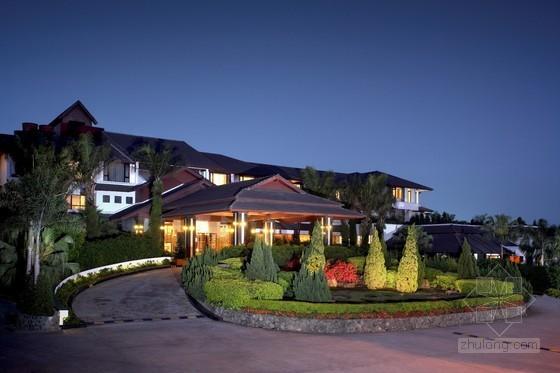 深圳观澜湖度假酒店 中国唯一座落球场中央的酒店