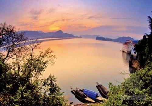 千岛湖水下古城开发陷两难 或投巨资模仿重建