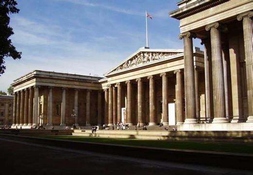 大英博物馆耗资1.35亿英镑扩建 屋顶绿化引入蜂巢