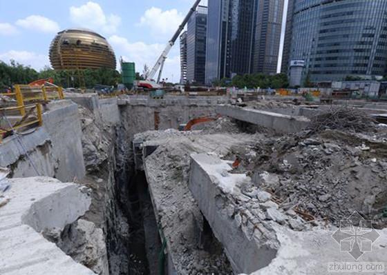 杭州地铁4号线河水倒灌致塌方透水 目前获救1人