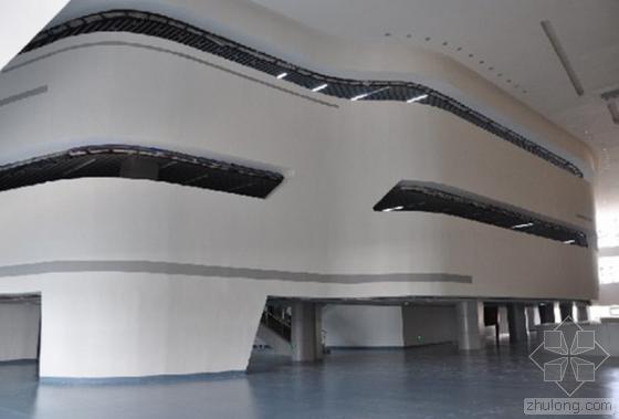 石河子科技馆及青少年文化宫通过竣工验收
