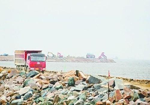 """海南三亚拟投资上千亿填海建中国首个""""海上机场"""""""