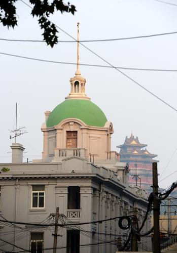 """96岁民国建筑为何戴""""绿帽子""""?"""