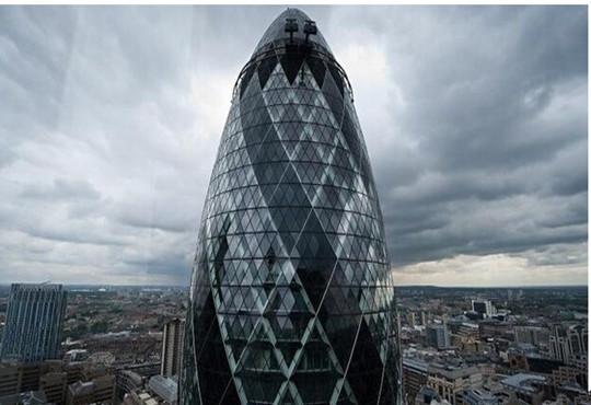 """伦敦地标建筑""""小黄瓜""""被巴西富豪7亿英镑购得"""