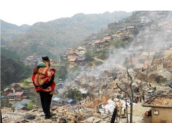 600年苗寨被烧毁 盘点2014年遭大火破坏的古建筑