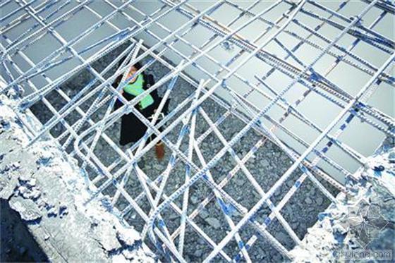 鼓励违建骗合同 事后强制拆除纠施工错误!