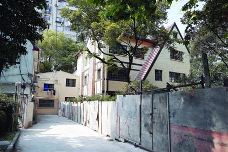 """上海历史保护建筑遭改建大变样 被人为""""拔高""""一层"""