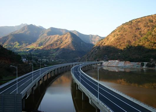 贵州将打造全国首条河谷旅游公路 投资约30亿元