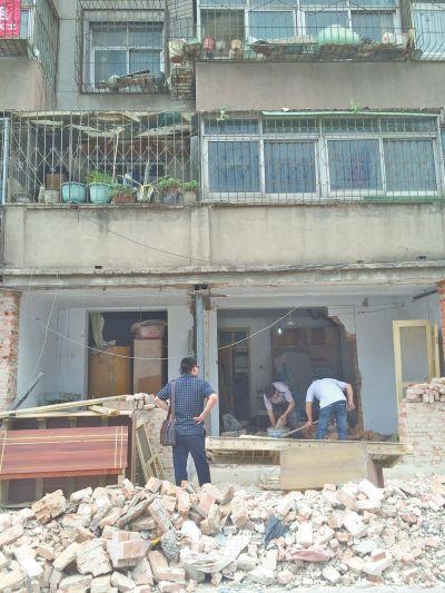 老旧小区户内改造方案资料下载-一楼改造砸墙致使整栋楼都跟着颤动