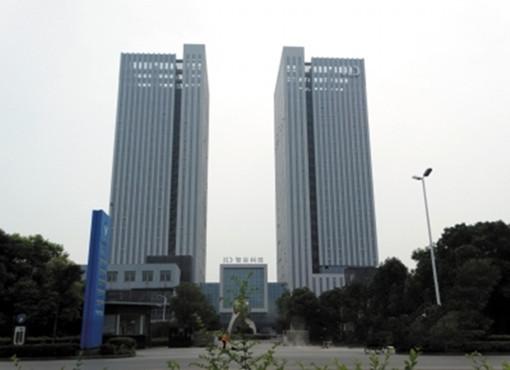 """扬州最高建筑""""智慧之门""""亮相 总投资8亿元"""