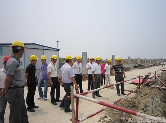 成都拉网式检查在建工地 安全隐患不消除不准开工