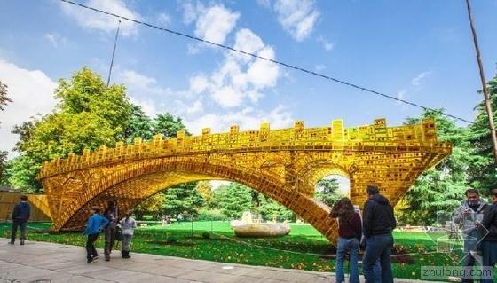 """""""1万多块金砖""""景观雕塑亮相米兰世博会"""