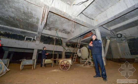 北京一房主私挖地下700平米建车库