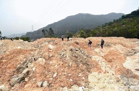 垃圾电厂事故案例分析讨论资料下载-厦门一山顶悬20米高垃圾山 半年发生3次泥石流