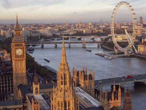 """伦敦房价高6万家庭""""逃离"""""""