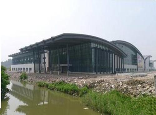 全国最大县级客运站运营两年濒临倒闭 总投资3.5亿