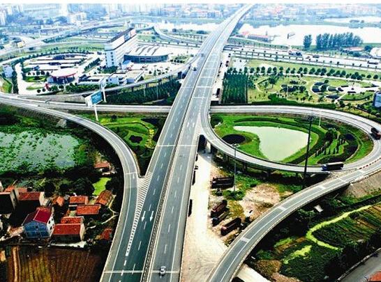荆州打造综合交通枢纽 已开工项目投资近400亿