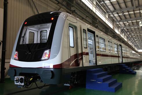 """长沙首列""""永磁地铁""""正式开通运营"""