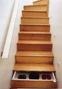楼梯上的储物柜,好创意好实用
