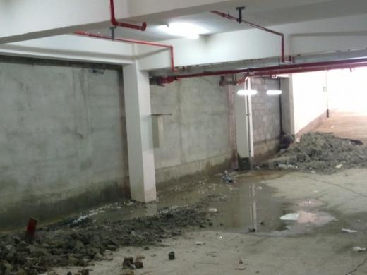 脱水固化处理资料下载-地下室沉降伸缩缝漏水堵漏处理