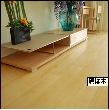 地板加盟多层实木地板和居一代系列硬槭木