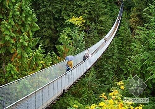 温哥华卡普兰奴吊桥-世界最长最高步行天桥