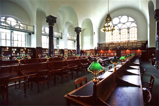 镜头下精美绝伦的欧洲图书馆