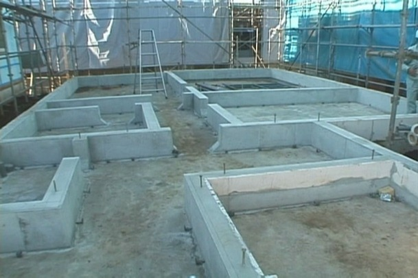 [国外施工]一组日本冷弯薄壁轻钢结构住宅施工现场图片