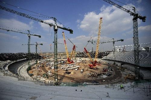 [国外施工]伦敦奥运主体育场施工现场