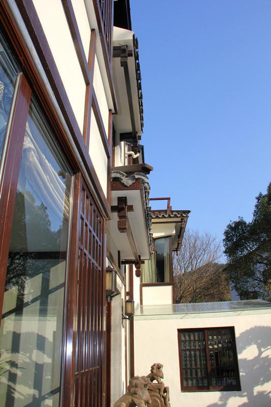 中式风格连锁别墅酒店一