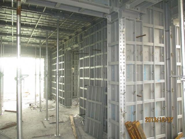 [新技术]一组铝模板、预制墙板新工艺施工图片