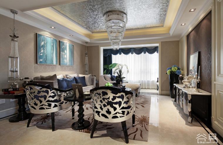 新古典设计风格的样板房 精美的家具与饰品点亮整个空间