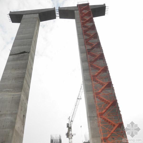[路桥设备]香蕉式桥梁施工安全爬梯