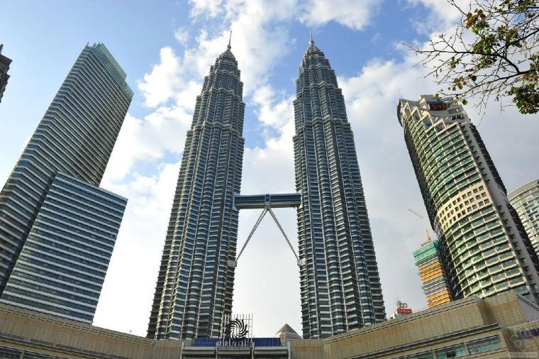 观看双子塔景观 获取设计灵感!
