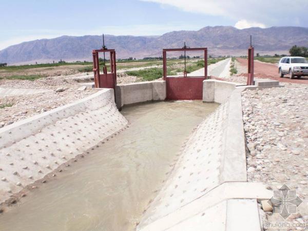 u型楼梯图资料下载-农田水利工程施工中的困难及相应的解决方法