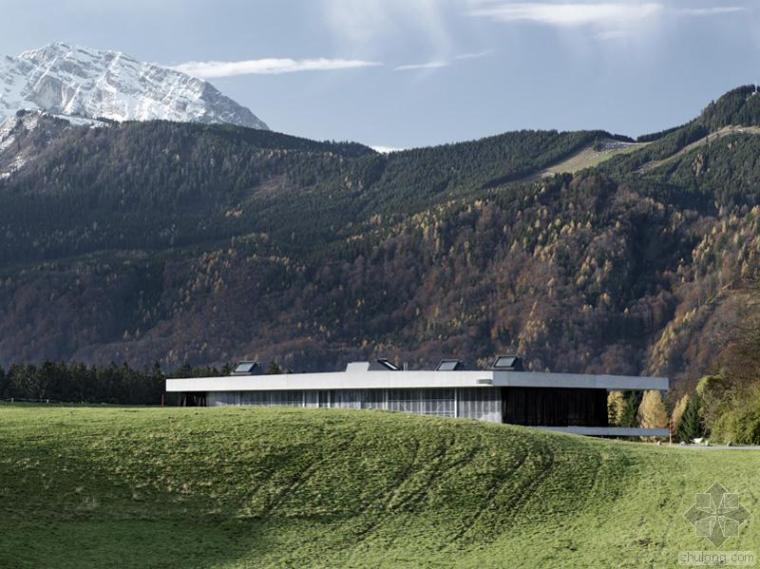 奥地利-风景住宅的阳光通道
